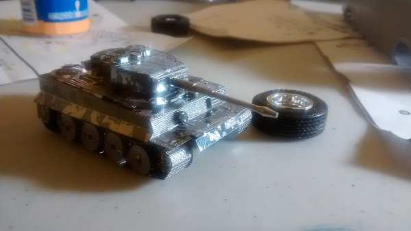 MetalEarth Tiger Tank Img_2012