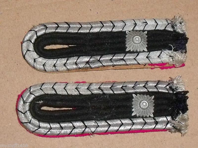 pattes d'épaules allemandes du service administratif ww2 _3_310