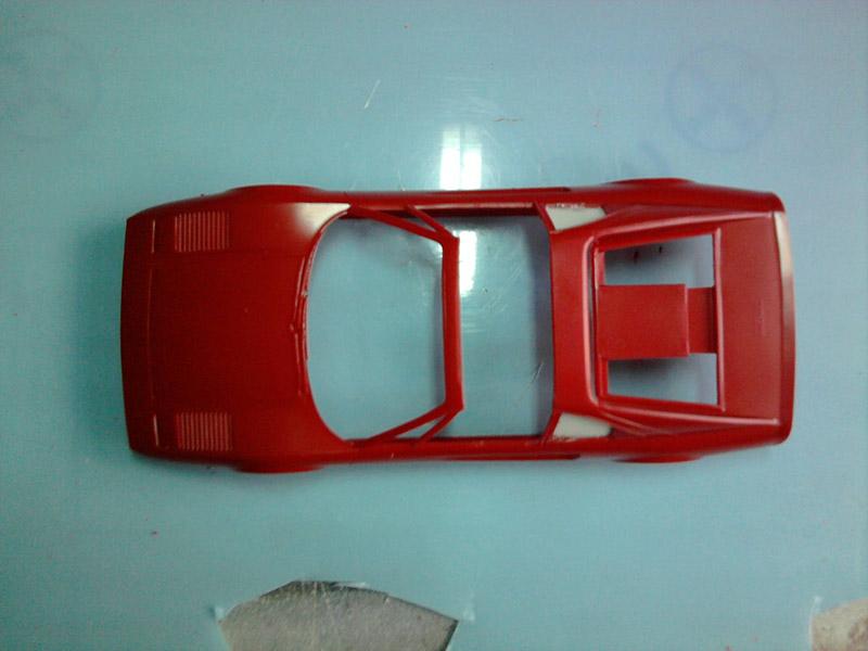 Revell Ferrari 308GTS 1:24 part 2 11_10