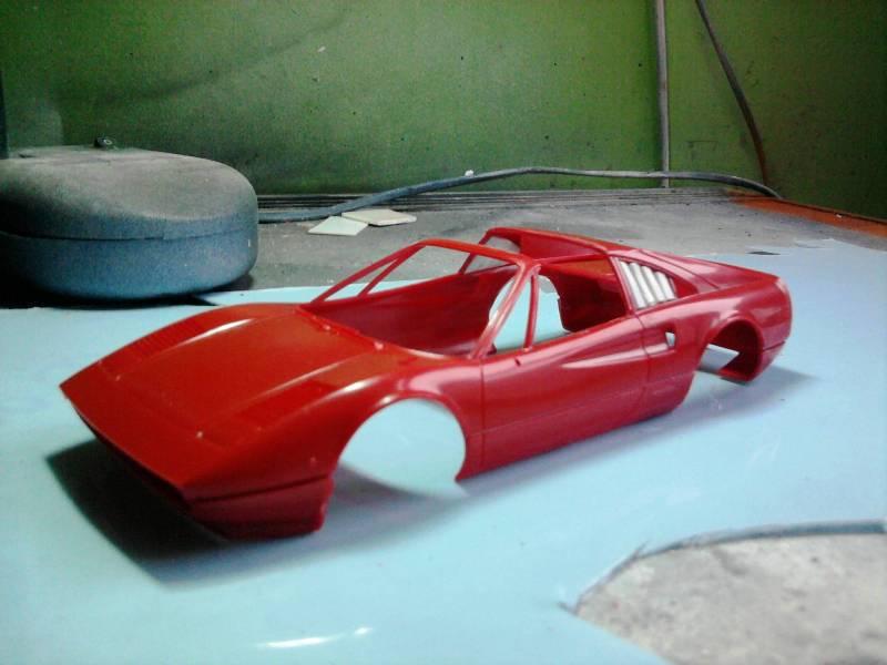 Revell Ferrari 308GTS 1:24 part 2 15_10