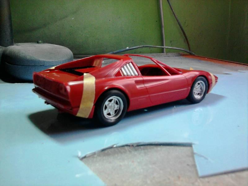 Revell Ferrari 308GTS 1:24 part 2 18_11