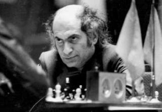 Mikhail Tal Games 1949-1962 ( 1/4 ) Main-q10