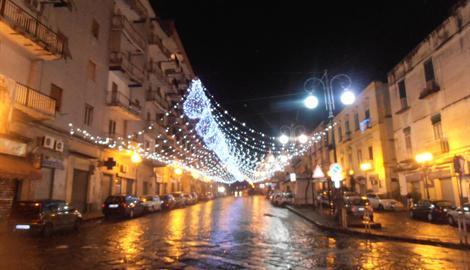 Luminarie natalizie in Italia e all'estero 41454410