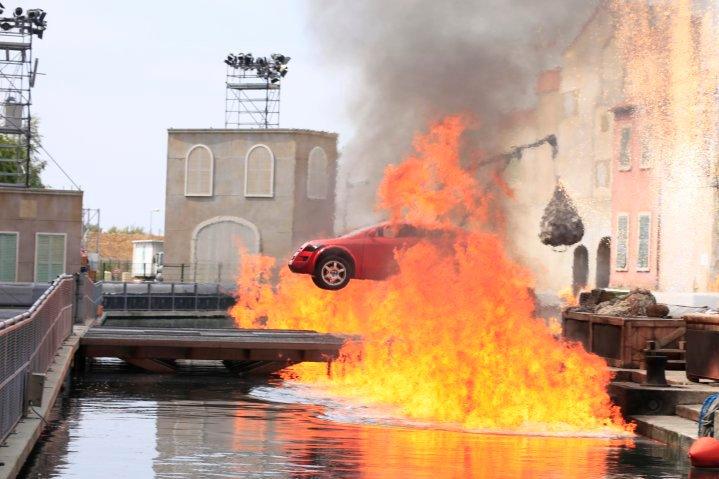 Moteurs… Action ! accueille Flash McQueen (à partir du 6 avril 2011) - Page 15 2010-013