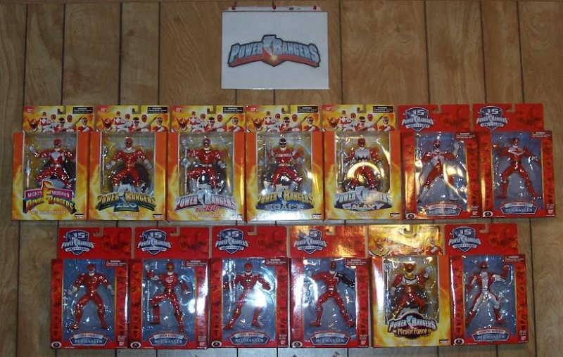 15th anniversary/deluxe collector figures Redfig17