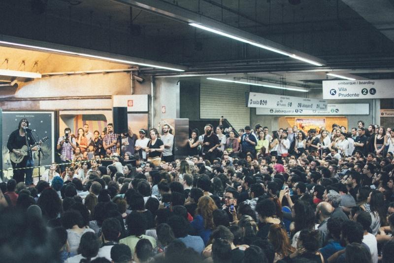 11/27/14 - São Paulo, Brasil, Estação Paraíso do Metro 10510