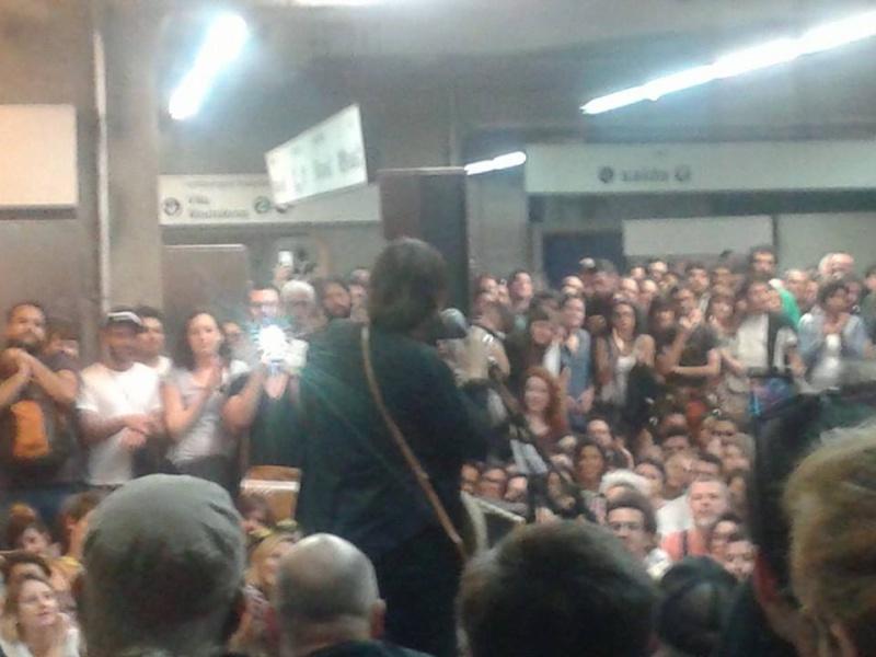 11/27/14 - São Paulo, Brasil, Estação Paraíso do Metro 1217