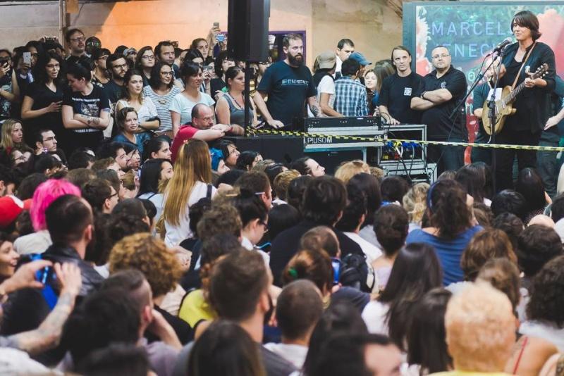 11/27/14 - São Paulo, Brasil, Estação Paraíso do Metro 13710