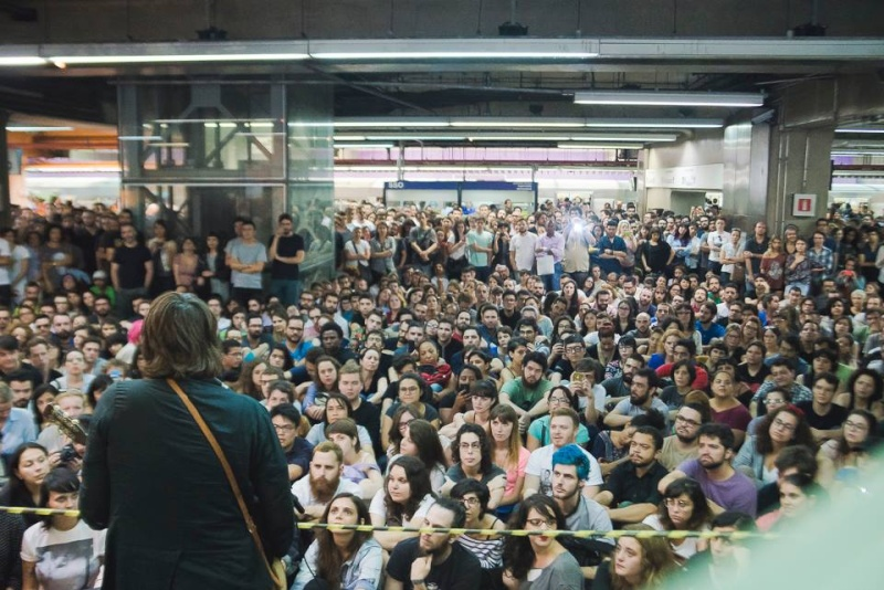 11/27/14 - São Paulo, Brasil, Estação Paraíso do Metro 14010