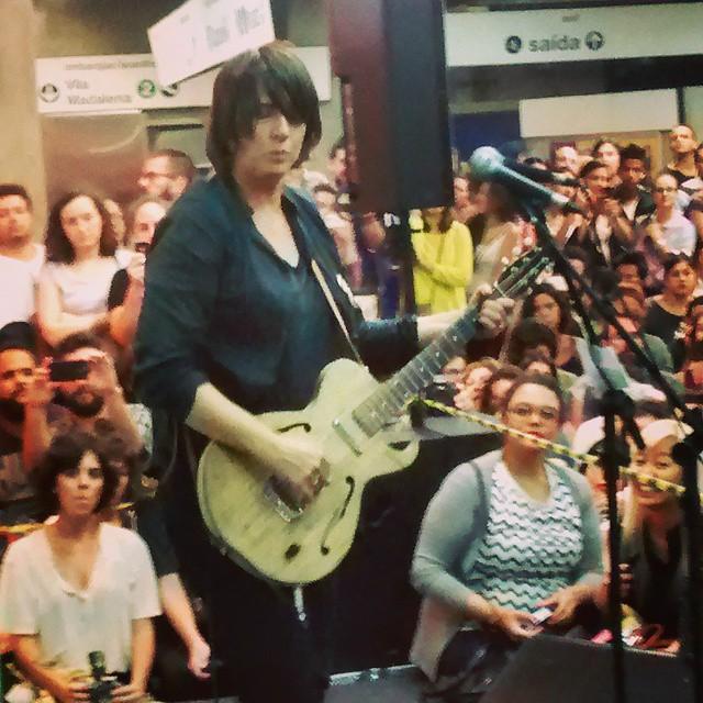 11/27/14 - São Paulo, Brasil, Estação Paraíso do Metro 14810