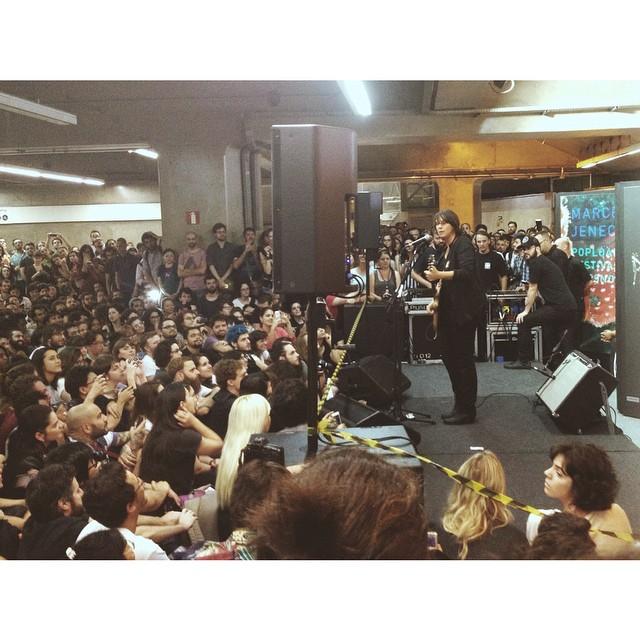 11/27/14 - São Paulo, Brasil, Estação Paraíso do Metro 2815