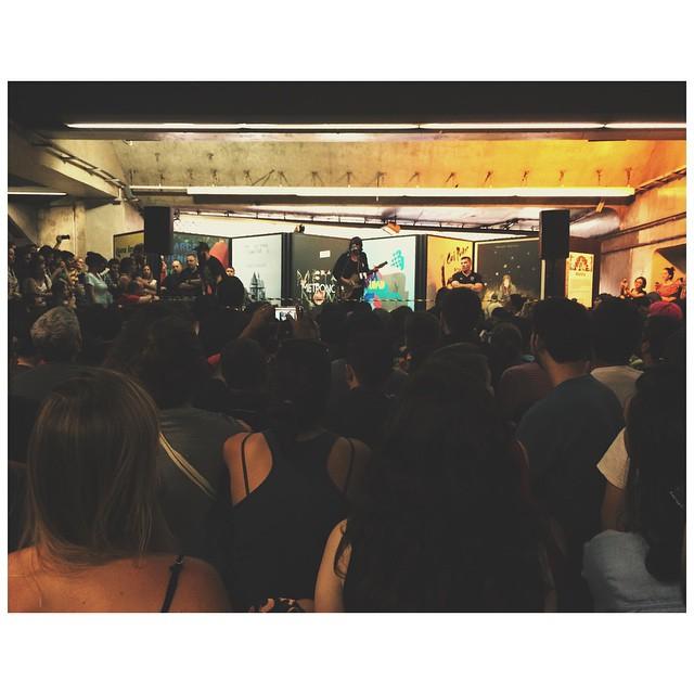 11/27/14 - São Paulo, Brasil, Estação Paraíso do Metro 5711