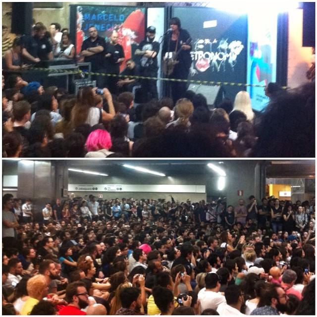 11/27/14 - São Paulo, Brasil, Estação Paraíso do Metro 6410