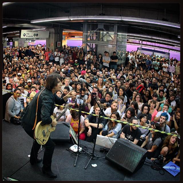 11/27/14 - São Paulo, Brasil, Estação Paraíso do Metro 6810