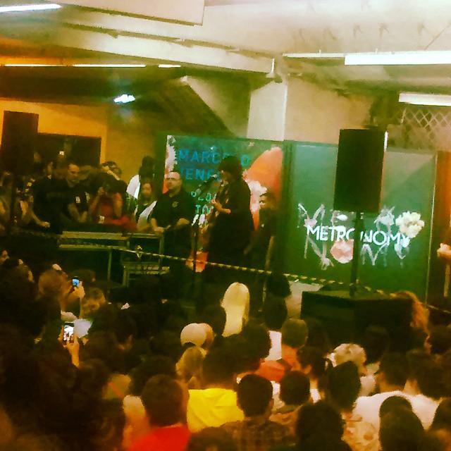 11/27/14 - São Paulo, Brasil, Estação Paraíso do Metro 7610