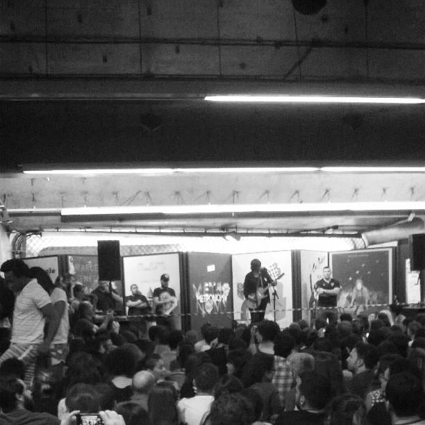 11/27/14 - São Paulo, Brasil, Estação Paraíso do Metro 8910