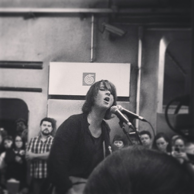 11/27/14 - São Paulo, Brasil, Estação Paraíso do Metro 9510