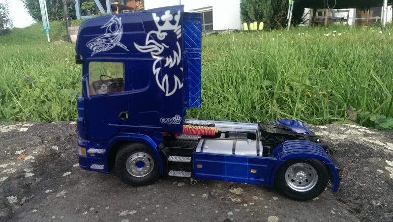 Revell's Scania R620  Imag0419
