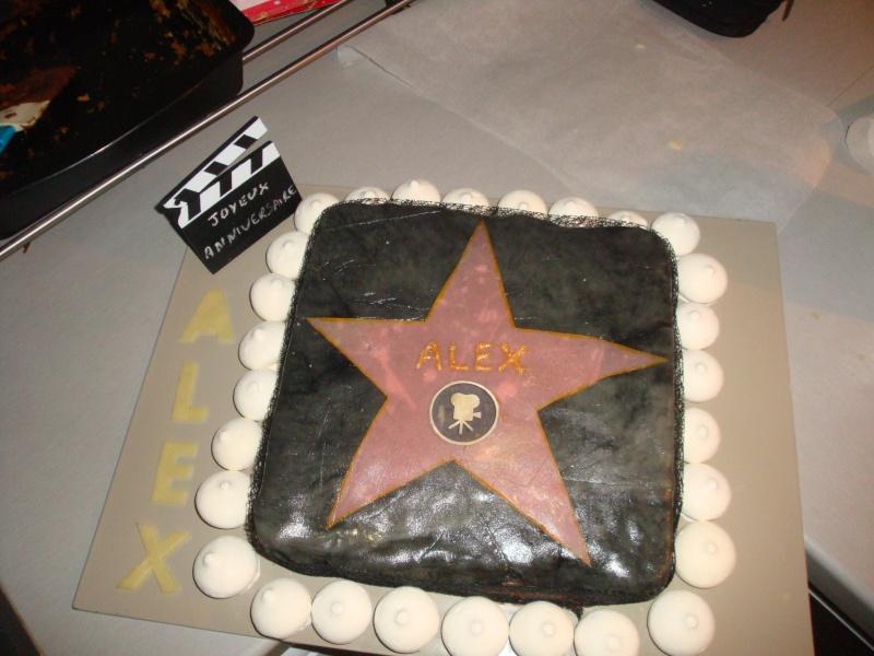 Gâteau déco/ pâte à sucre Dsc07010