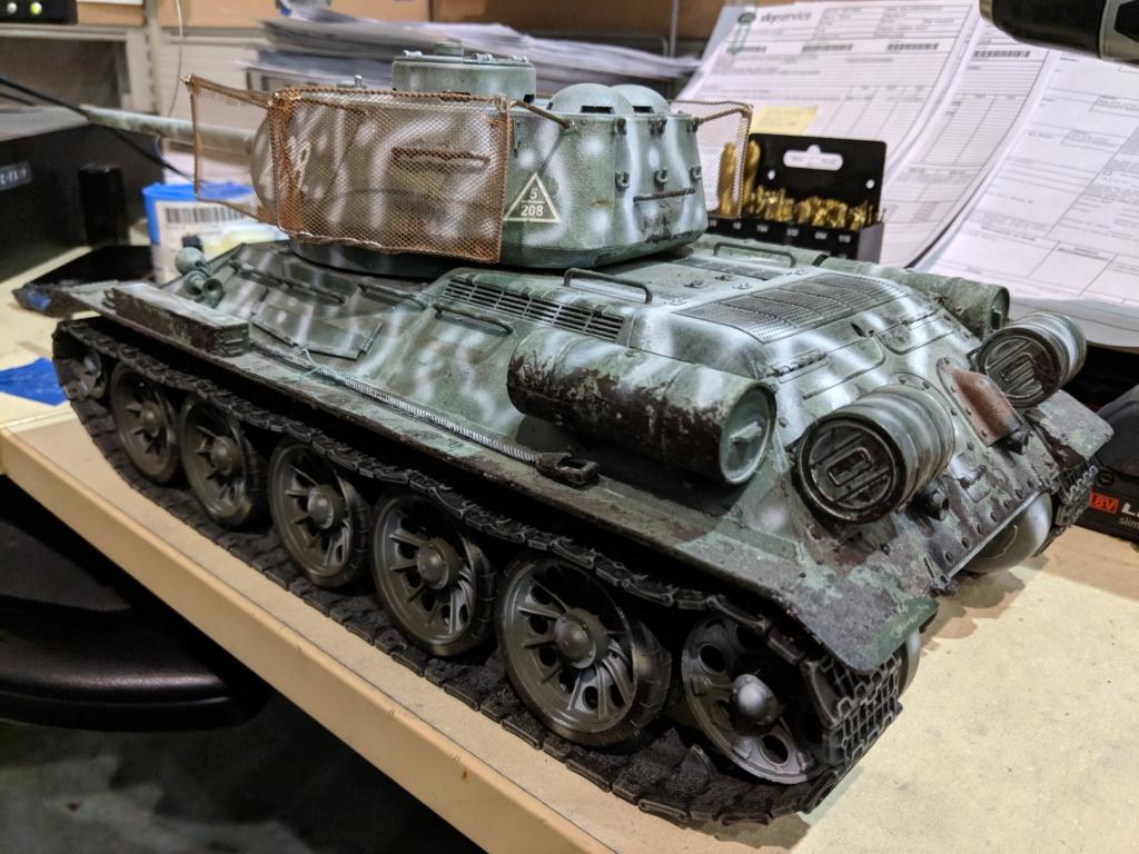 Strato's HL T-34/85 Img_2017