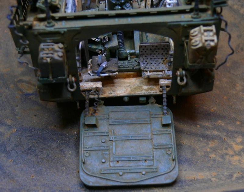 STRYKER M1129 MORTAR CARRIER VEHICLE de TRUMPETER au 1/35 - Page 6 Photo162