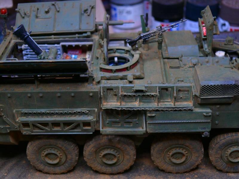 STRYKER M1129 MORTAR CARRIER VEHICLE de TRUMPETER au 1/35 - Page 6 Photo168