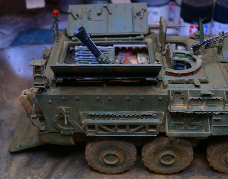 STRYKER M1129 MORTAR CARRIER VEHICLE de TRUMPETER au 1/35 - Page 6 Photo169