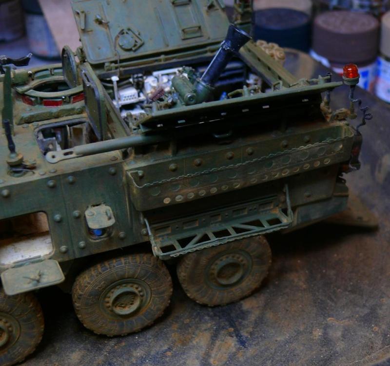 STRYKER M1129 MORTAR CARRIER VEHICLE de TRUMPETER au 1/35 - Page 6 Photo233