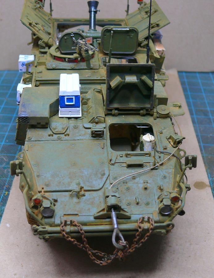 STRYKER M1129 MORTAR CARRIER VEHICLE de TRUMPETER au 1/35 - Page 7 Photo917
