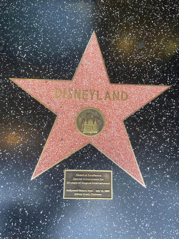 California Dream - Octobre 2019 - Disneyland Ressort à partir de la page 3  - Page 4 Img_1012