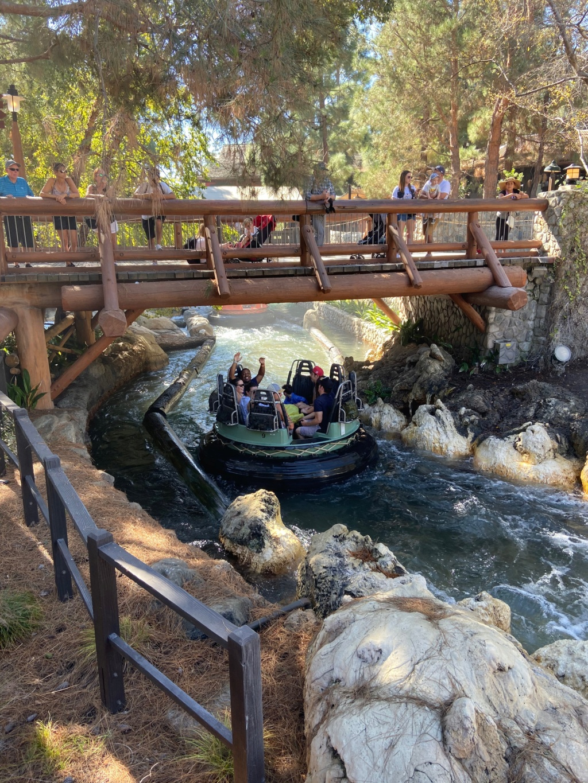 California Dream - Octobre 2019 - Disneyland Ressort à partir de la page 3  - Page 5 Img_1311