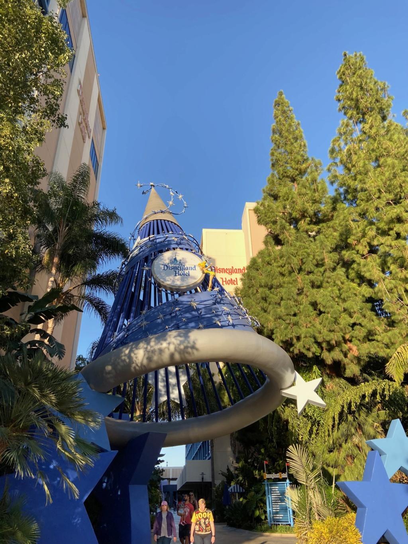 California Dream - Octobre 2019 - Disneyland Ressort à partir de la page 3  - Page 5 Img_1342