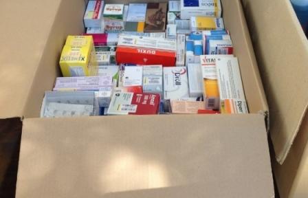 Συγκεντρώνουμε φάρμακα και υγειονομικό υλικό στην Καισαριανή 22/11/2014 Ttfm12