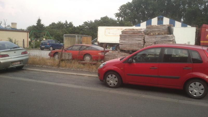 Les voitures abandonnées/oubliées (trouvailles personnelles) Dsc_0010