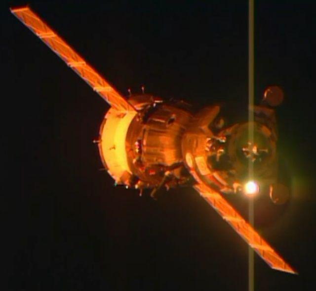 Vol spatial de Samantha Cristoforetti / Expedition 42 et 43 - FUTURA / Soyouz TMA-15M 10441910