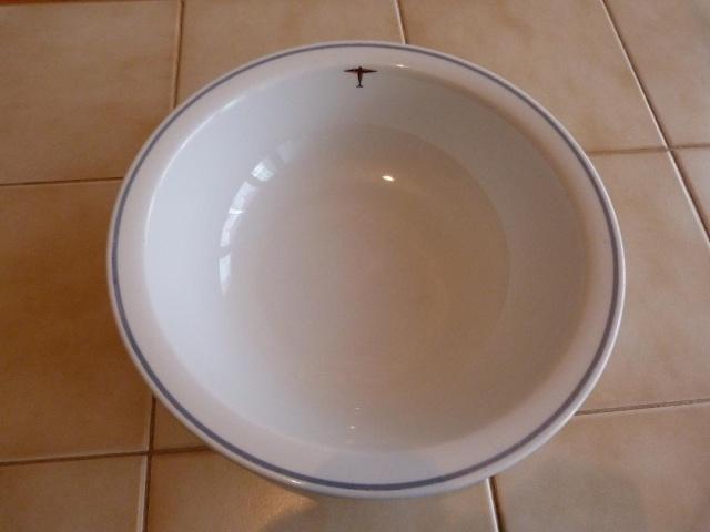 DAF - Assiette plate avec insigne société à déterminer Plat_j10