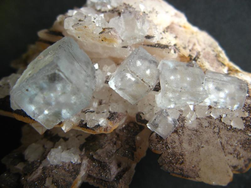 Différentes fluorites de la mine CLARA 03010