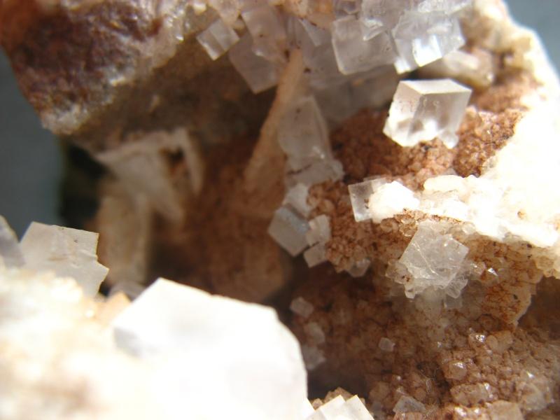 Différentes fluorites de la mine CLARA 03110