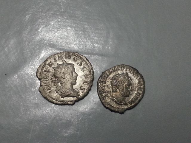 """identification (résolu) denier de Caracalla et anto Valérien II """"Iovi Crescenti"""" 20141115"""