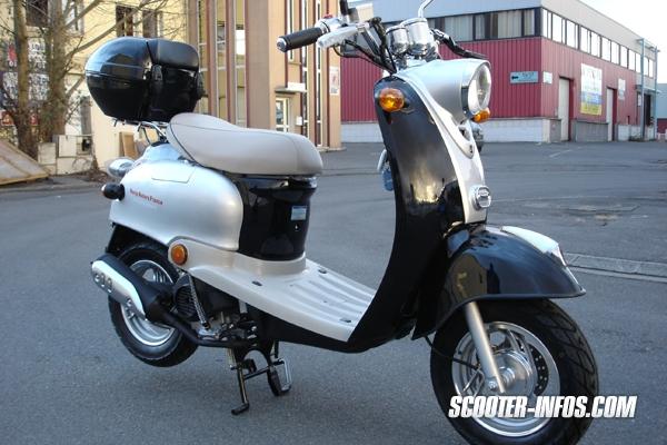 Vds 2 scooter accidenté pour bricoleur !! petit prix ! Baotia10