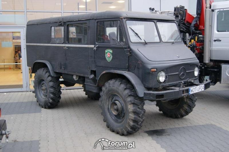Unimog Van Merced11