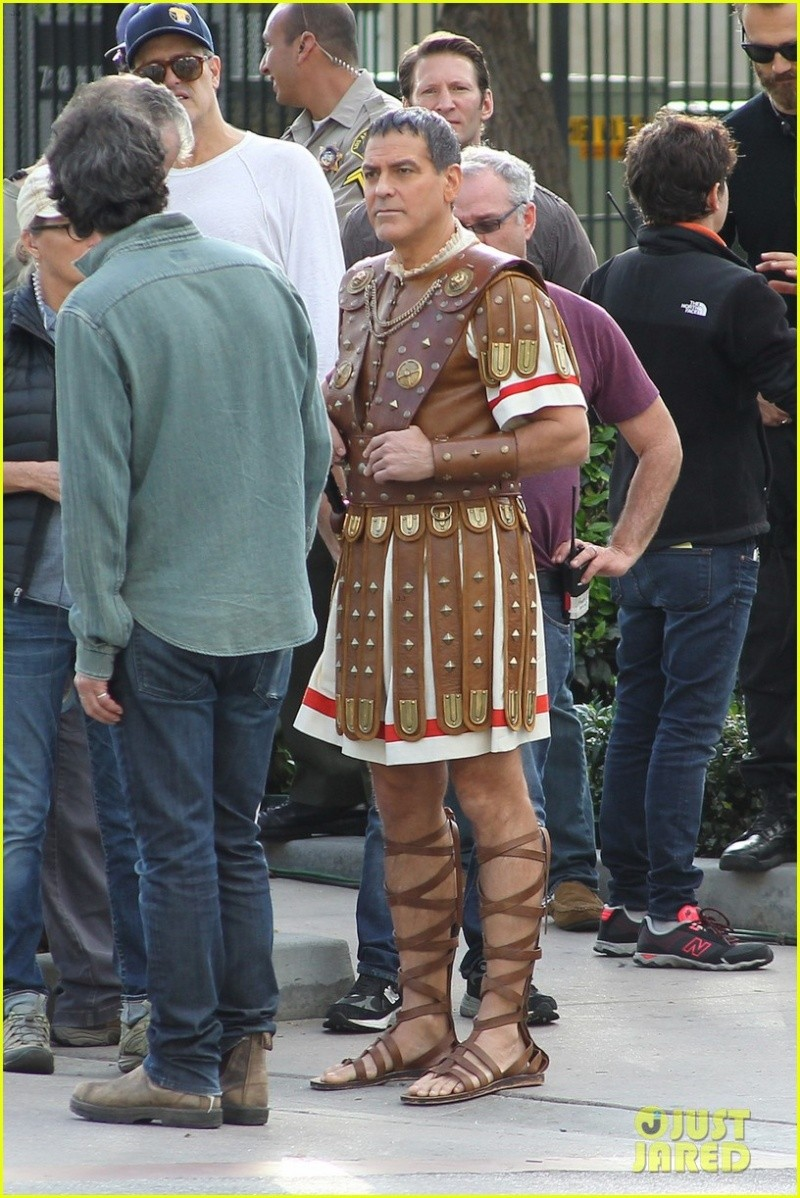 Hail Caesar filming in L A - George Clooney on the set G-caes10