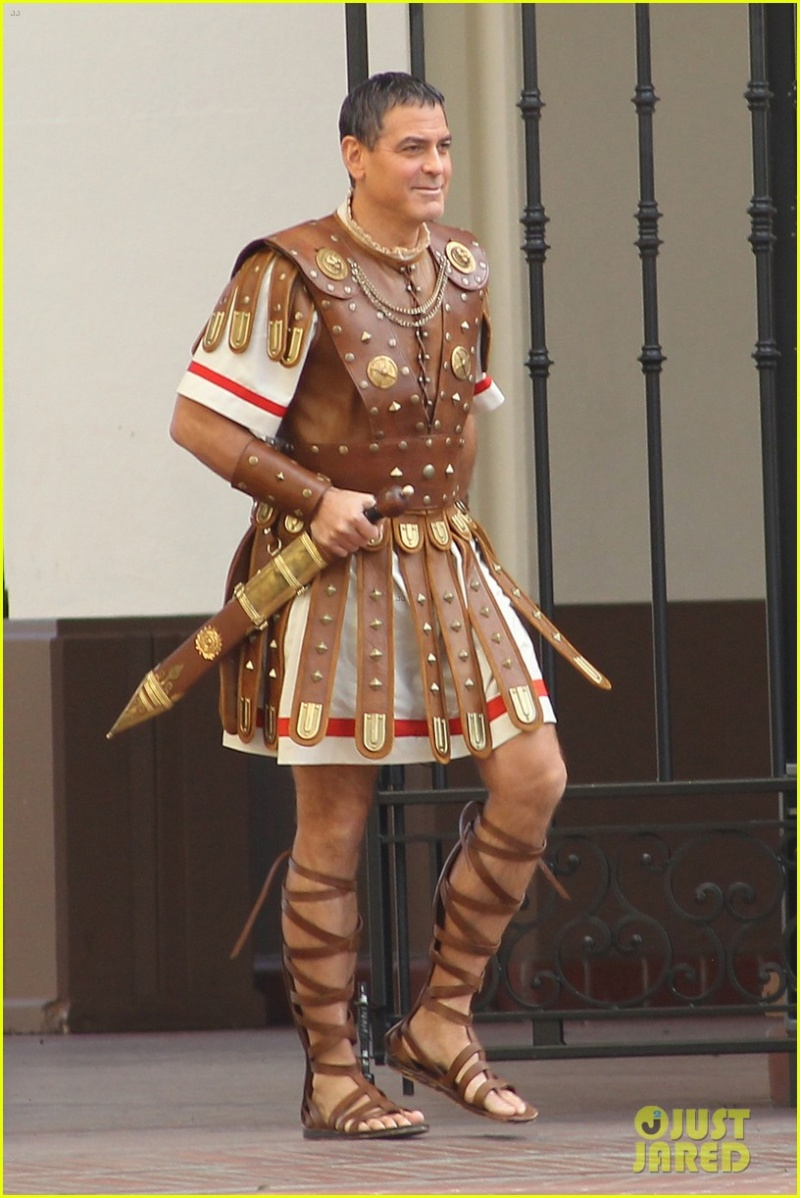 Hail Caesar filming in L A - George Clooney on the set G-caes11