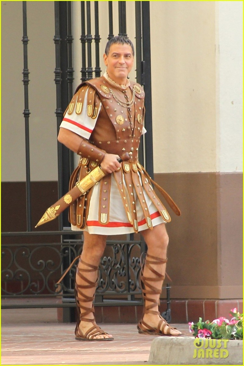Hail Caesar filming in L A - George Clooney on the set G-caes12