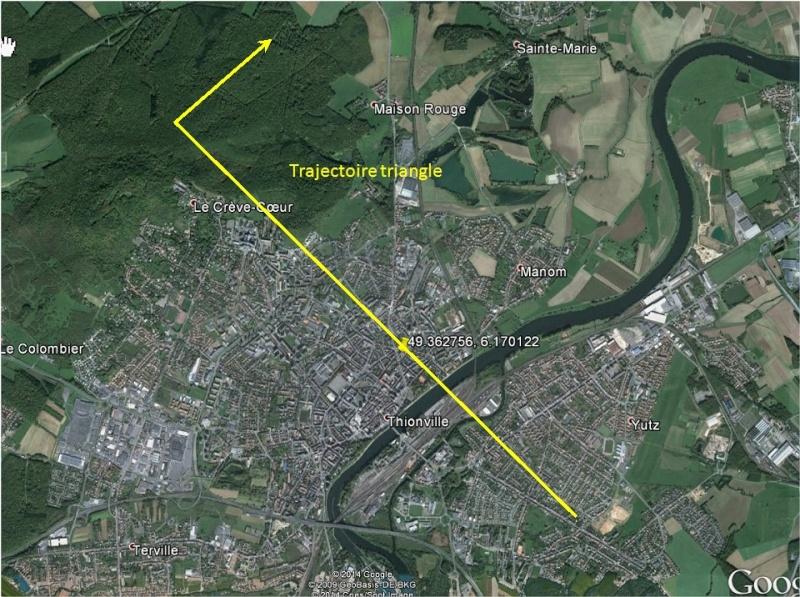 2008: le 11/05 à 22h50 - Ovni triangulaire volant -  Ovnis à THIONVILLE - Moselle (dép.57) Thionv10