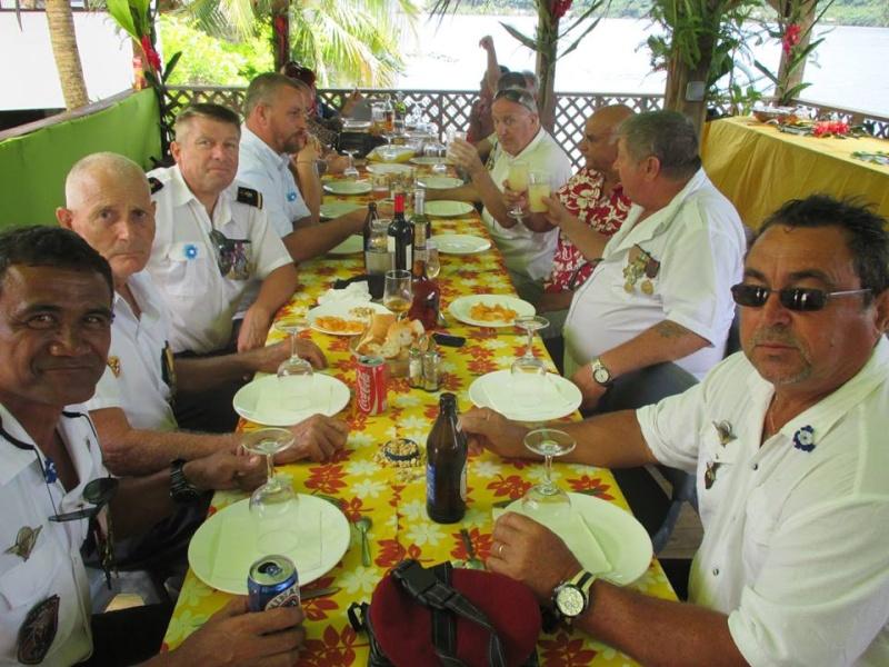 [Associations] Anciens Marins de Réserve de la Polynésie française - Page 5 Repas_13