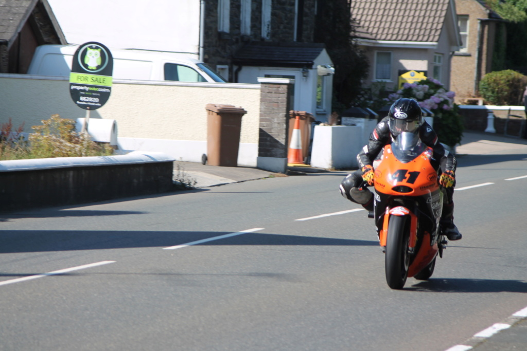 classic - [Road racing] CLASSIC TT et MANX GP 2018 . - Page 12 Img_7924