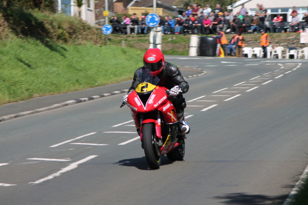 classic - [Road racing] CLASSIC TT et MANX GP 2018 . - Page 12 Img_8017