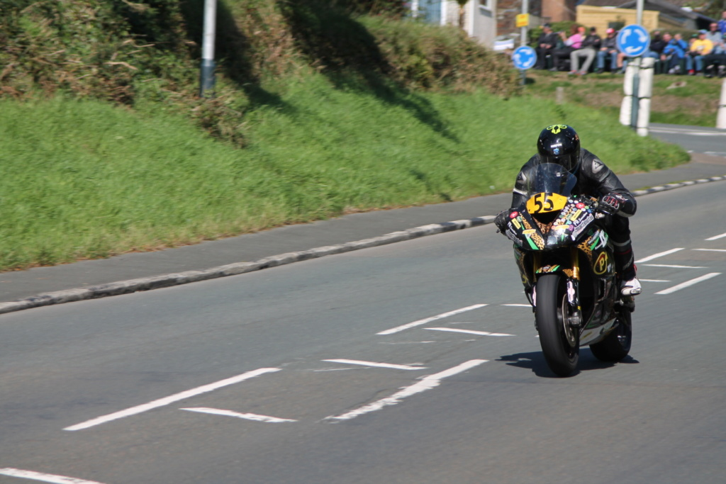 classic - [Road racing] CLASSIC TT et MANX GP 2018 . - Page 12 Img_8022