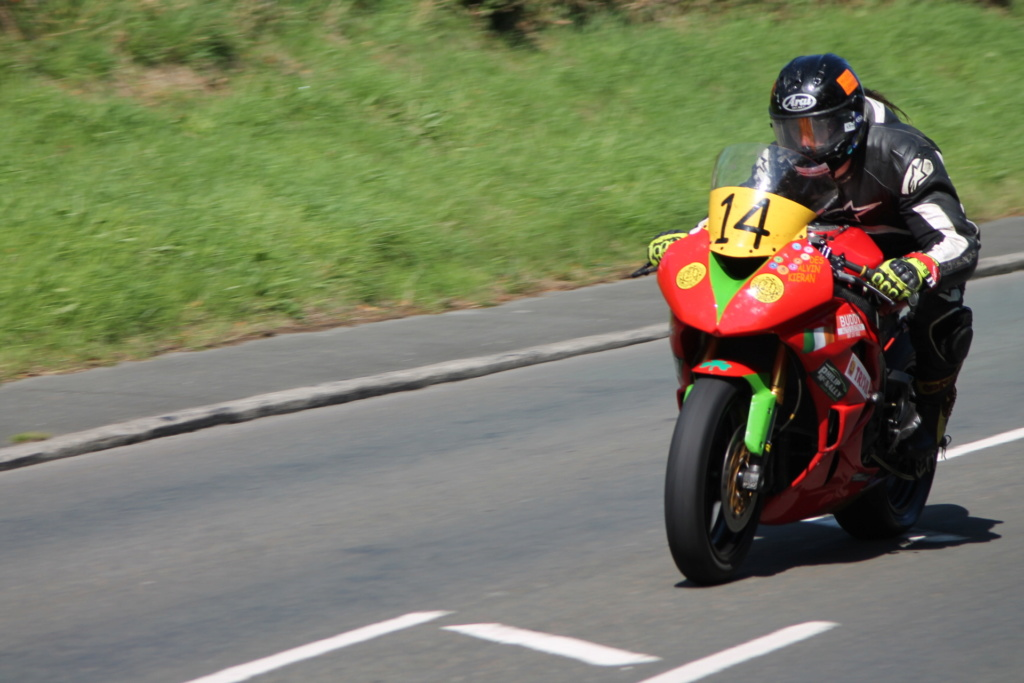 classic - [Road racing] CLASSIC TT et MANX GP 2018 . - Page 12 Img_8024